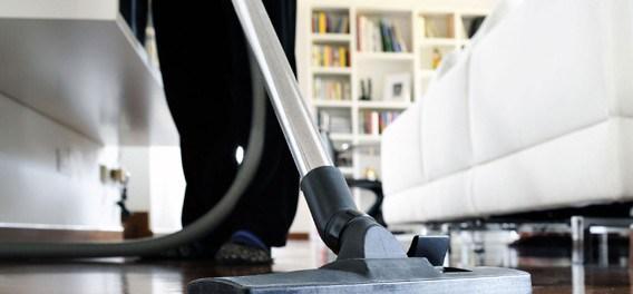 Укрепить здоровье пожилые люди могут при помощи домашней уборки