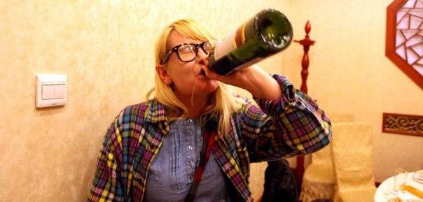 Ревность приводит к проблемам с алкоголем