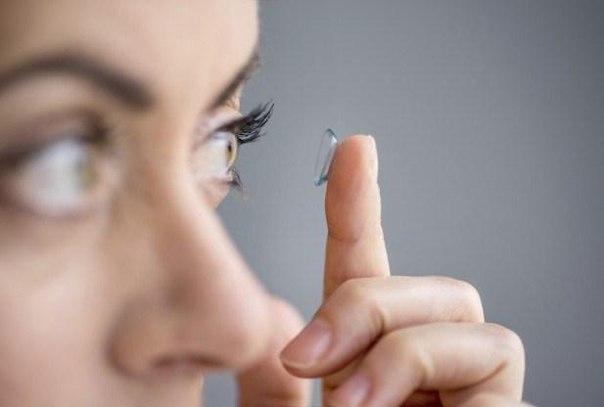 Почему от контактных линз воспаляются глаза?
